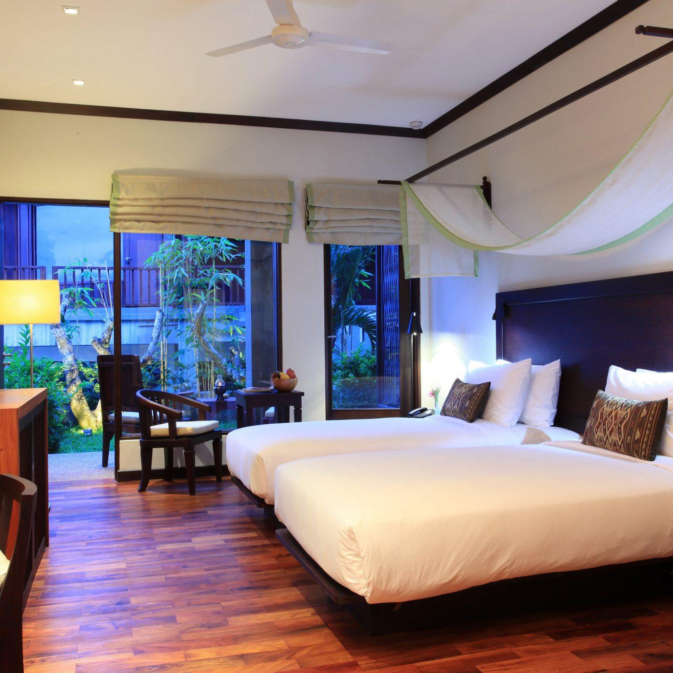 Bedroom Elegant Hip Luxury Modern Suite sofa property Resort living room Villa recreation room