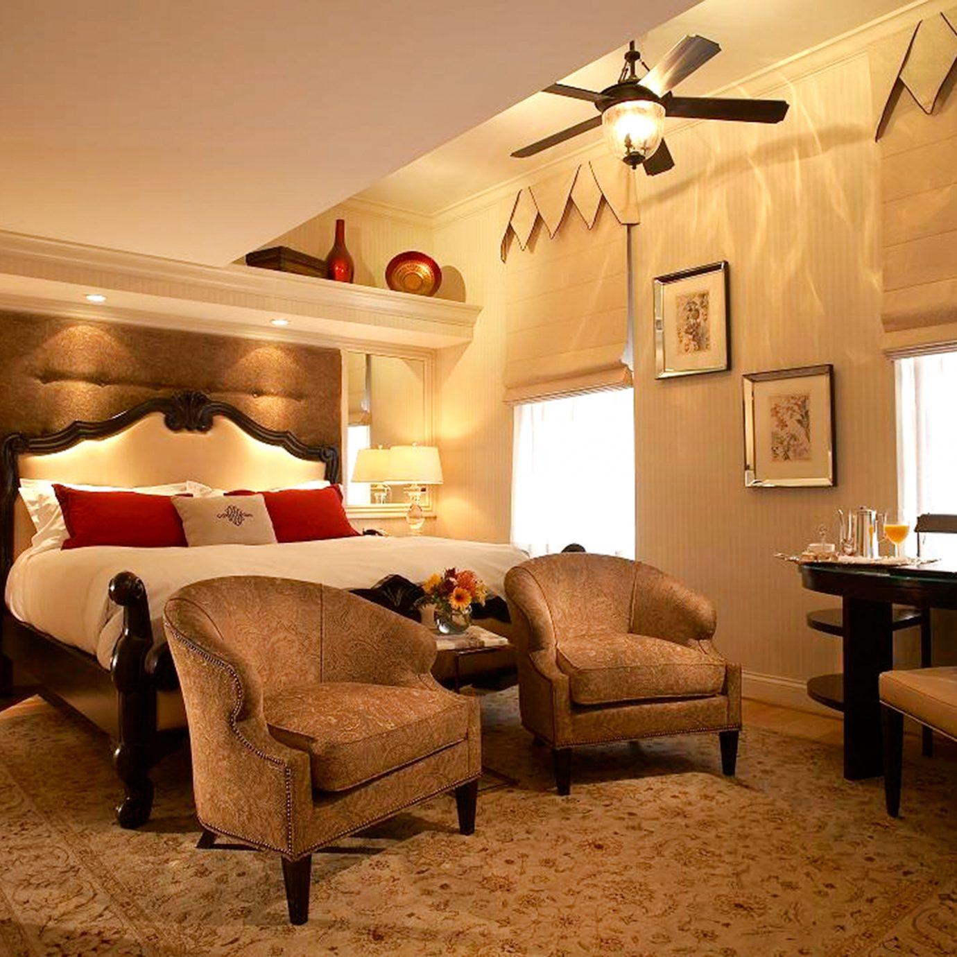 Bedroom Elegant Historic Modern property living room home cottage Suite Villa farmhouse