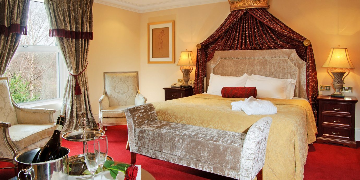 Bedroom Elegant Historic property Suite cottage home living room Villa containing