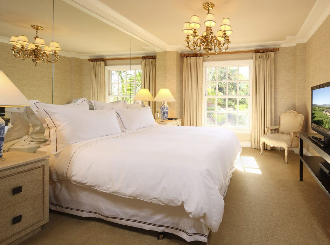 Bedroom Elegant Luxury Scenic views property Suite scene cottage home bed sheet living room