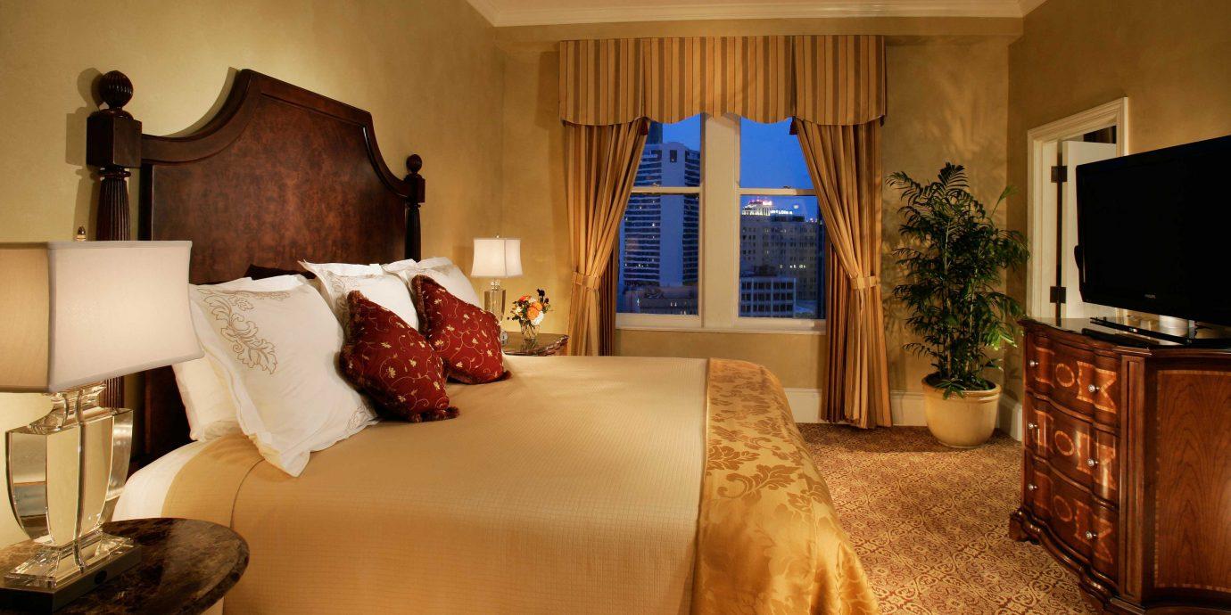 Bedroom Elegant Luxury Suite property living room home hardwood cottage mansion flat
