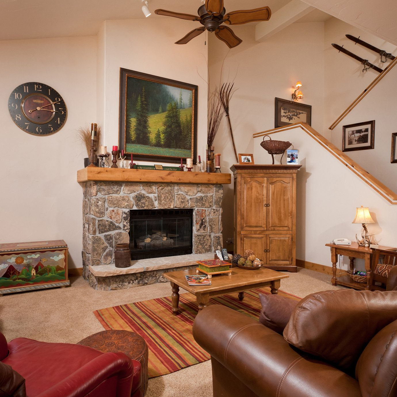 Fireplace Lounge sofa living room property leather chair home cottage Bedroom hardwood farmhouse Villa Suite flat