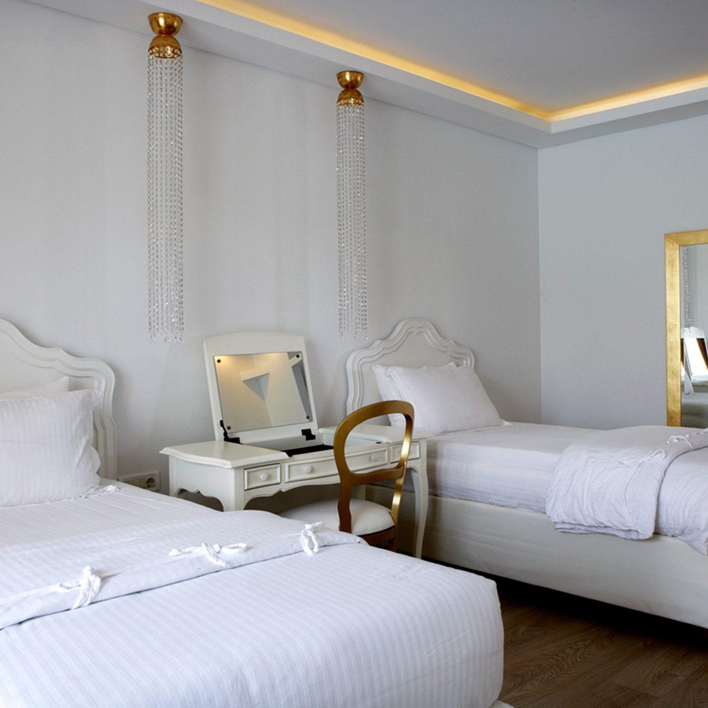Bedroom Hip Luxury Modern Suite property cottage living room bed sheet bed frame