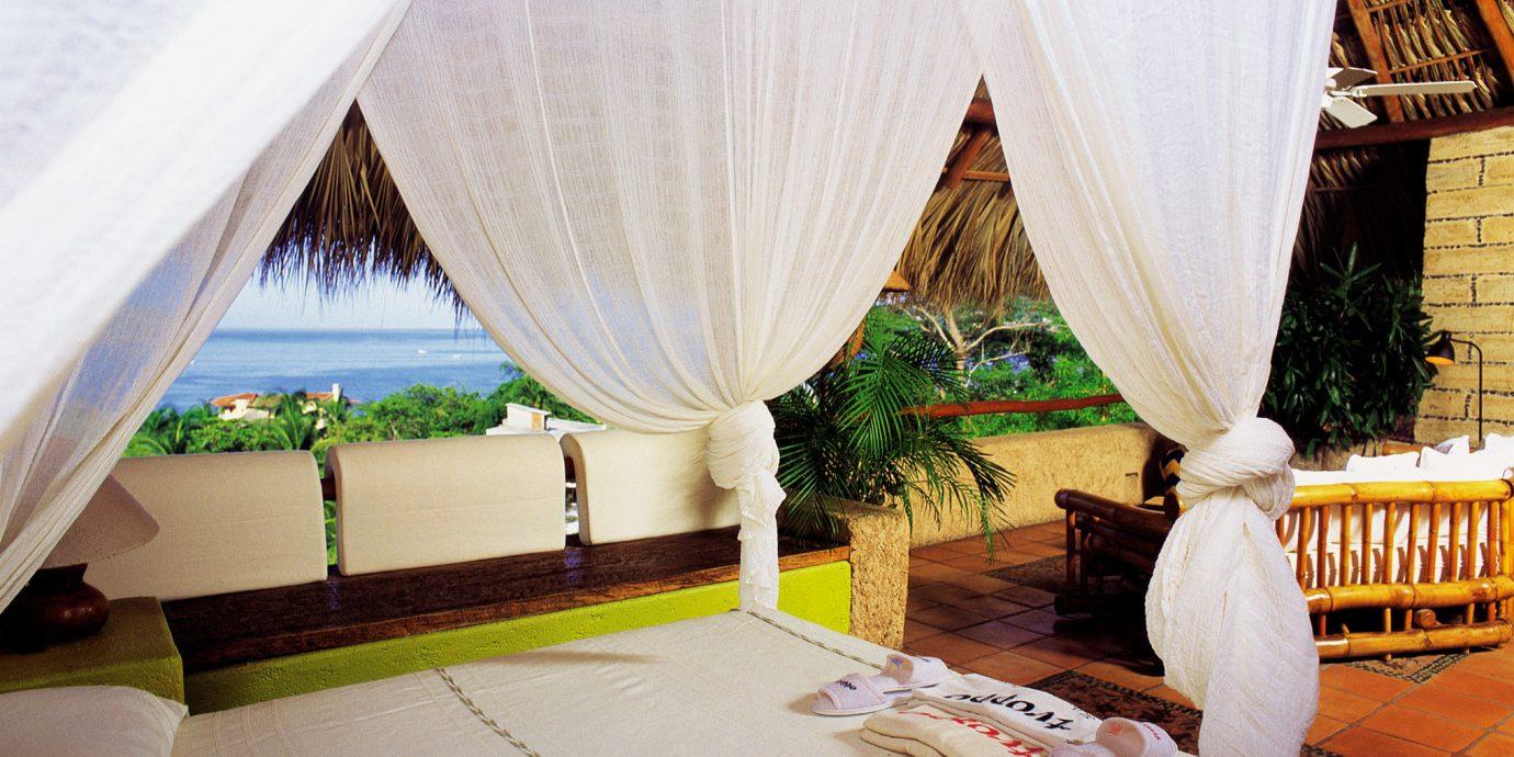 Bedroom Honeymoon Romance Scenic views curtain mosquito net