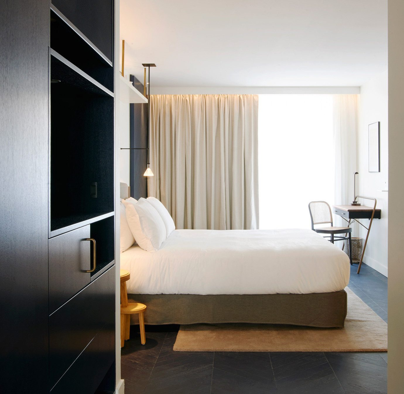 Hotels property Bedroom house home living room Suite