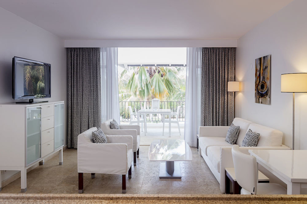 Lounge Luxury Modern Scenic views property living room home condominium Suite cottage Bedroom flat