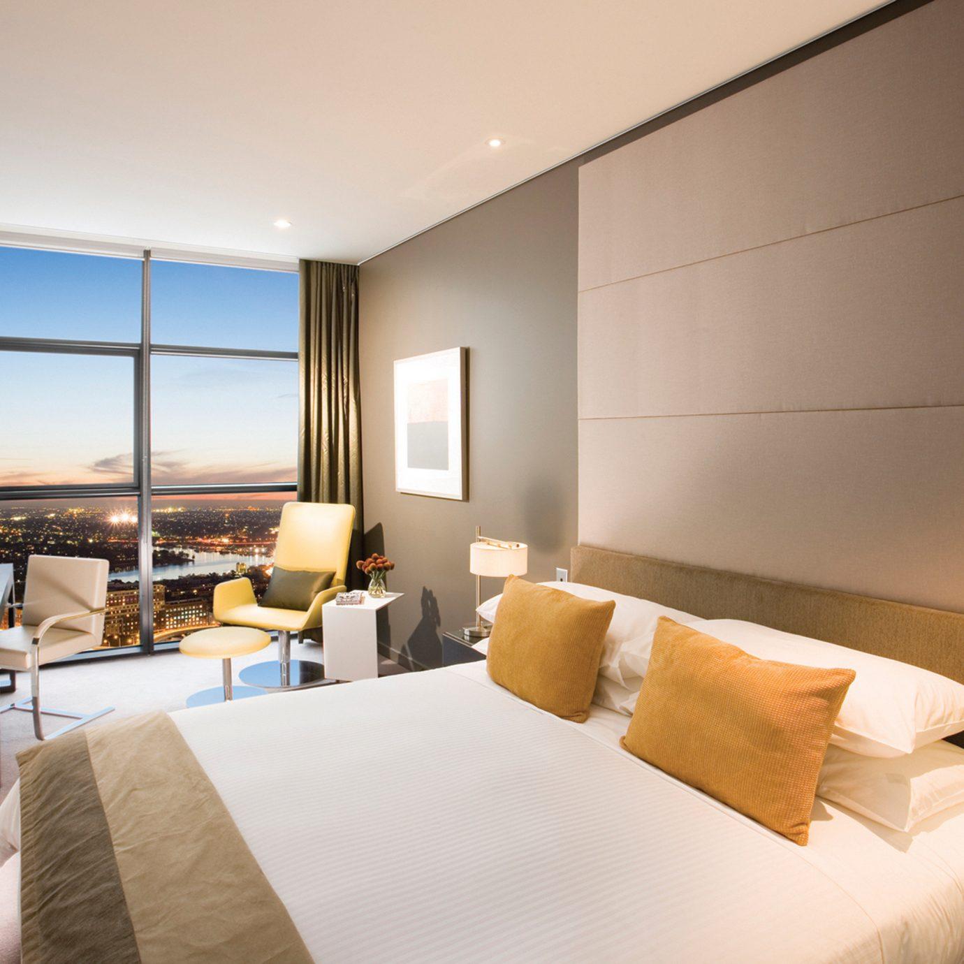 Bedroom Luxury Modern Scenic views Suite property condominium living room nice lamp flat