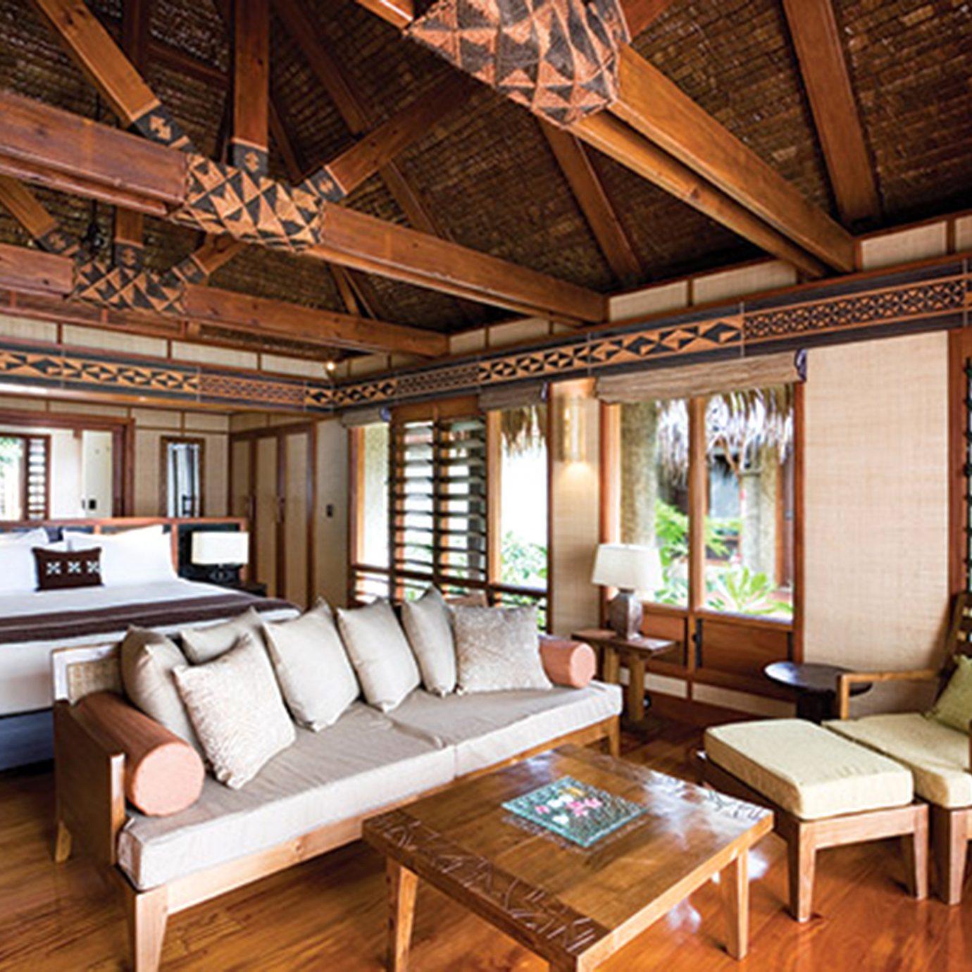 Bedroom Modern Rustic Suite property recreation room living room home Resort cottage mansion Villa