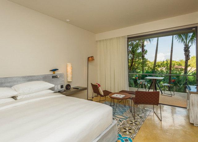 property Villa condominium Suite cottage Resort Bedroom