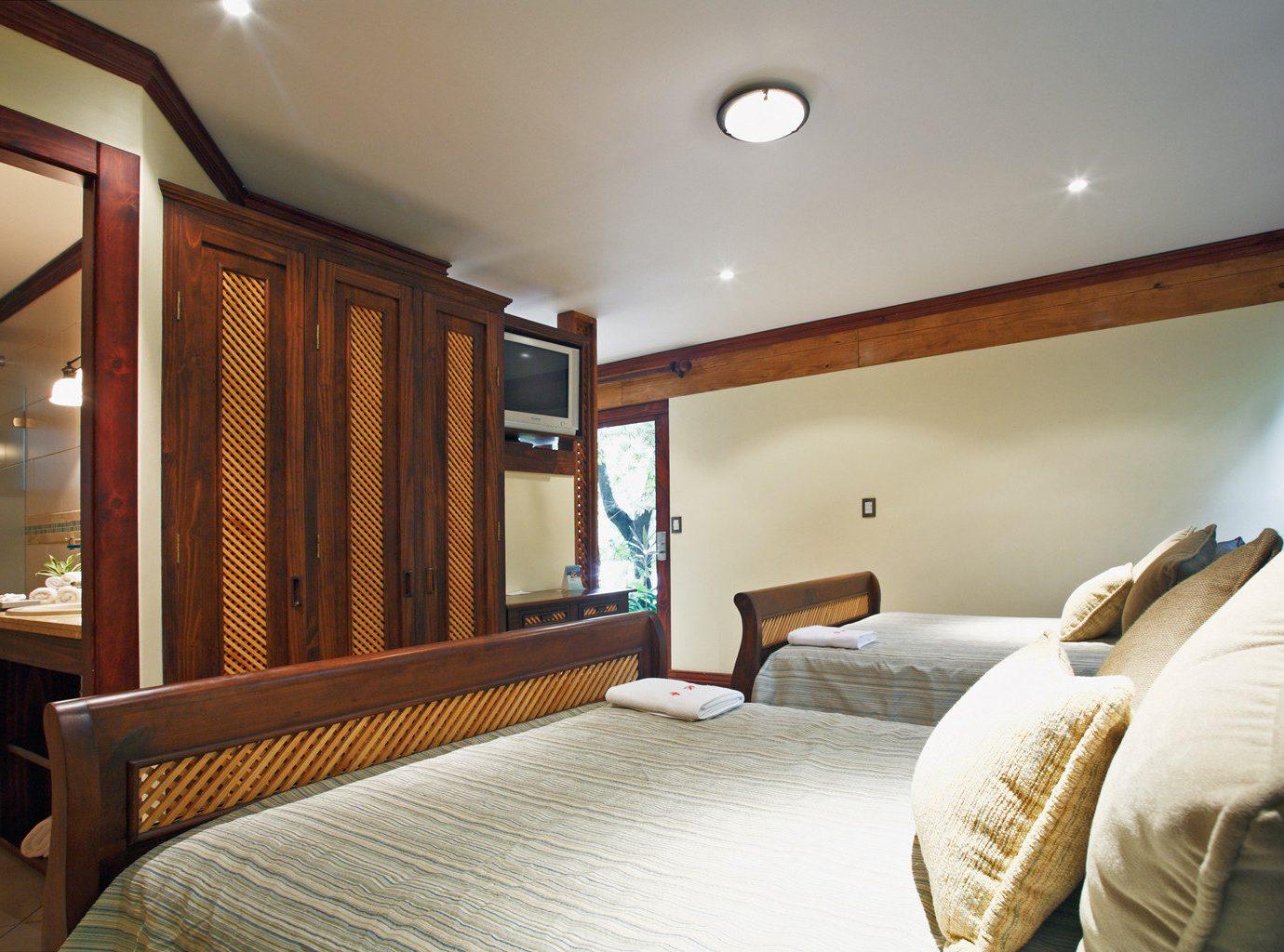property Bedroom Suite home condominium cottage living room Villa pillow Resort
