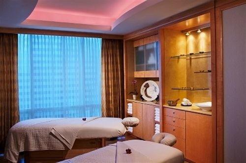 property Suite Bedroom cottage condominium
