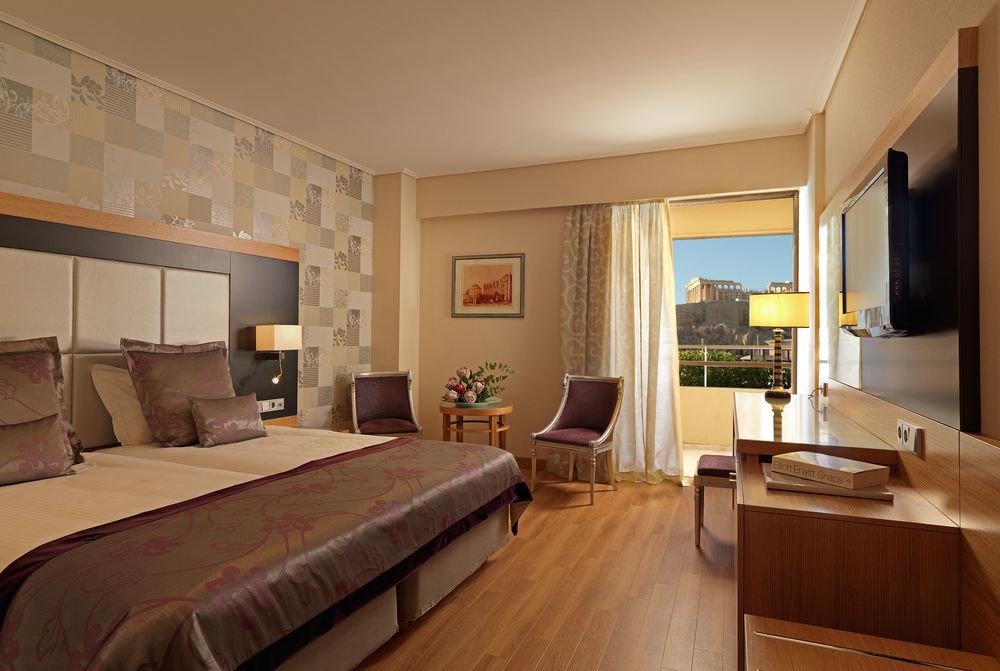 sofa Bedroom property Suite home hardwood living room cottage condominium flat