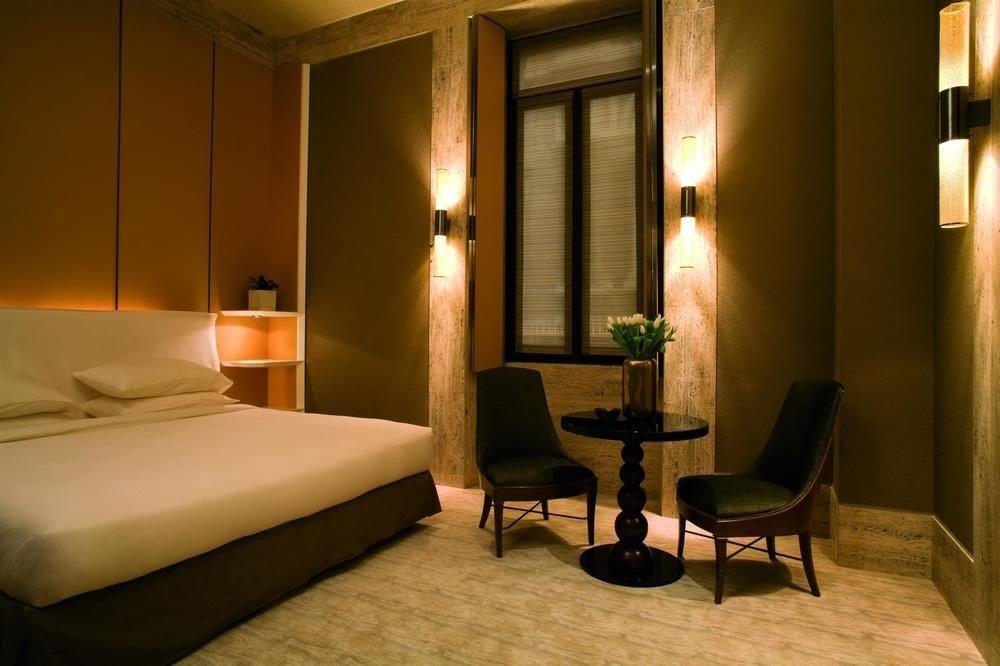 property Suite Bedroom condominium lamp