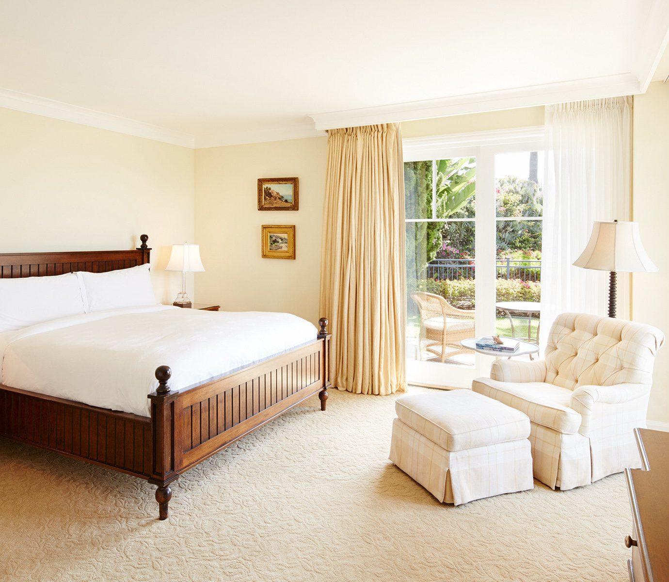 property Bedroom Suite home hardwood Villa cottage living room