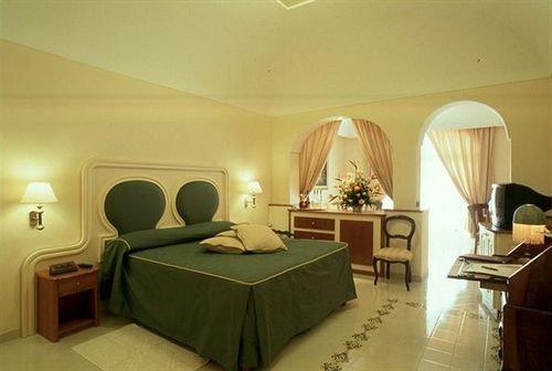 property Suite Villa Bedroom