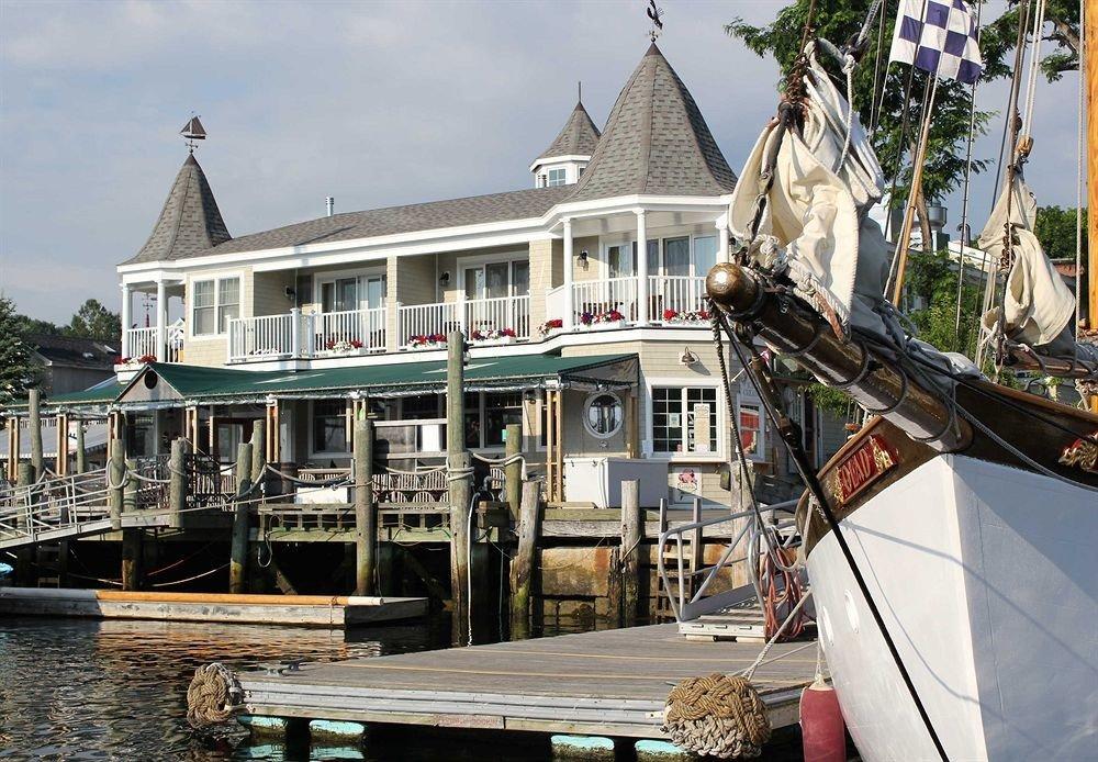 Buildings Exterior Outdoor Activities Waterfront building Boat vehicle dock waterway marina watercraft