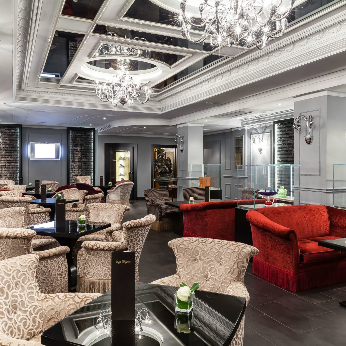 Boutique City Classic Dining Drink Eat Elegant property living room Lobby condominium home mansion