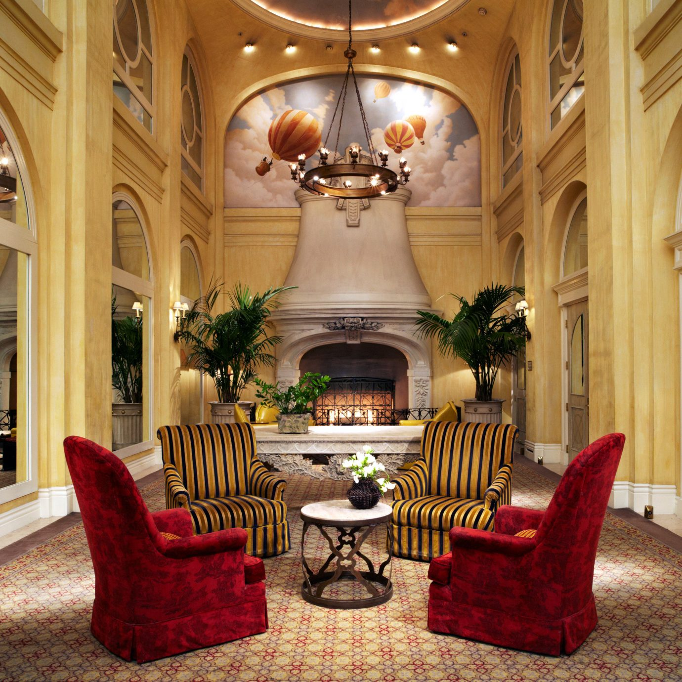 Boutique City Cultural Hip Lobby Lounge property living room mansion home palace