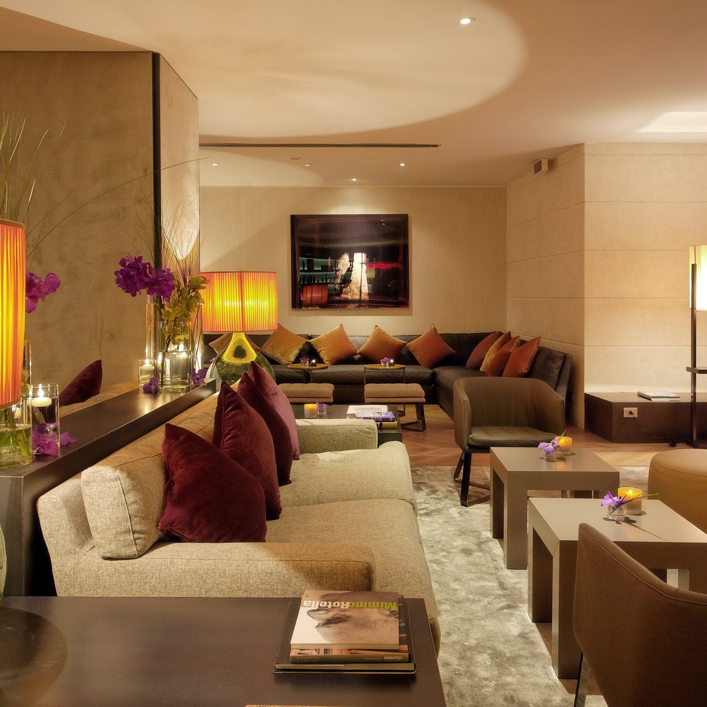 Budget City Classic Lobby Lounge property living room Suite home restaurant