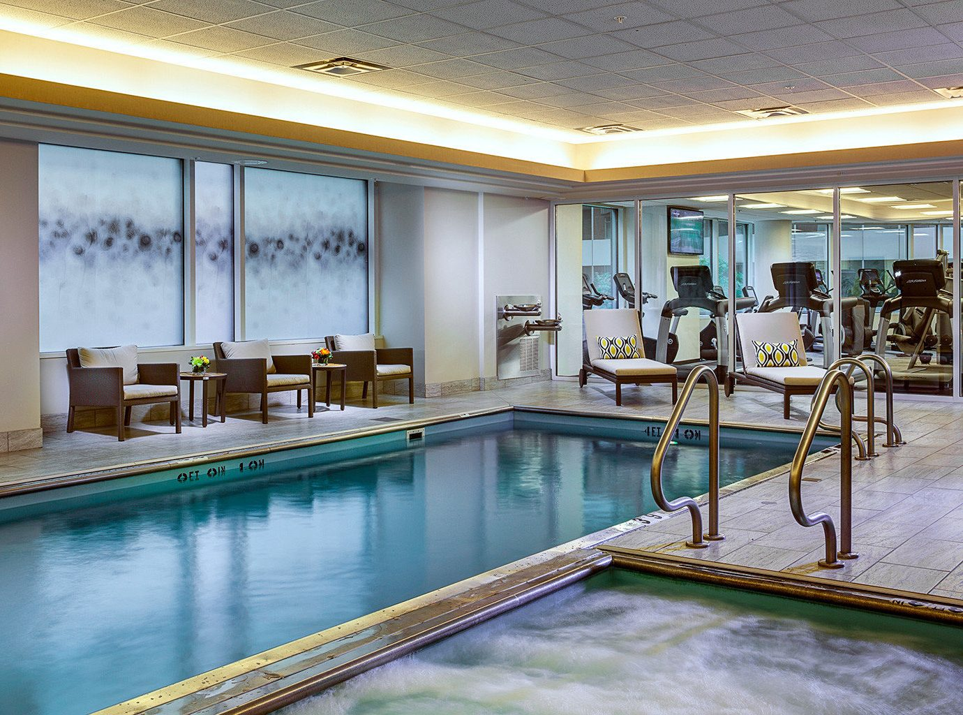 Business City Classic Family Fitness Pool Wellness swimming pool building property leisure Resort condominium counter mansion Villa Lobby palace porch