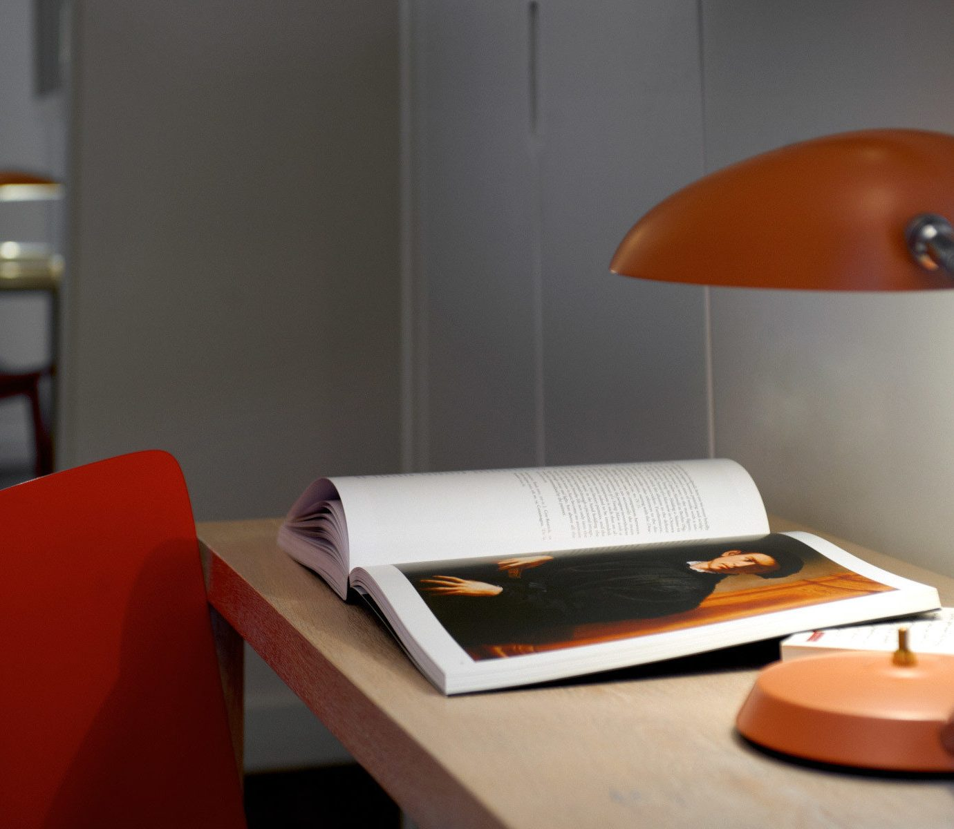 Business City Hip Modern desk office orange lamp