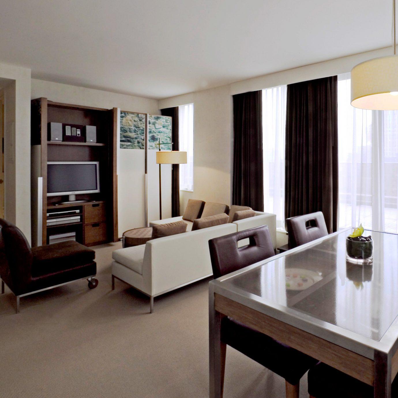 City Lounge Modern Suite property condominium living room home cottage Villa