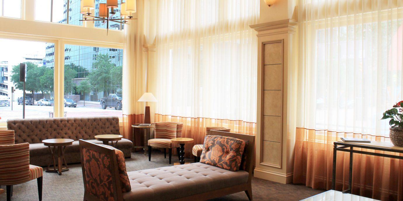 Classic Lobby Lounge property condominium living room home Suite