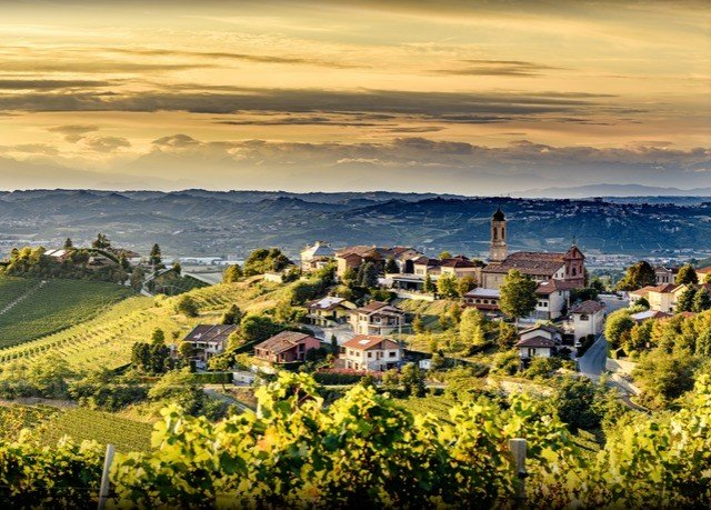 sky horizon photography Town Coast cityscape hill Nature cloud morning Sea landscape mountain rural area aerial photography skyline evening agriculture Sunset panorama sunlight overlooking shore
