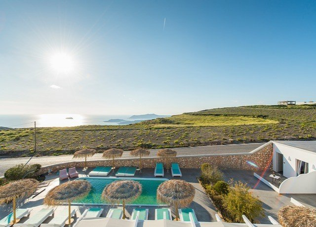 sky property Resort Villa home Sea condominium house horizon roof leisure Coast day highland
