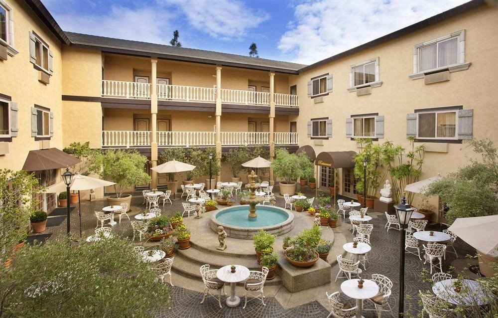 building property house condominium Courtyard Resort home Villa mansion set Garden
