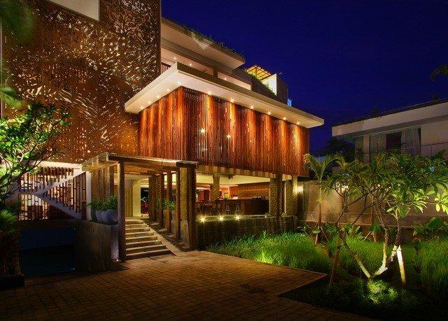 building property Resort house home condominium Villa landscape lighting hacienda eco hotel Courtyard mansion backyard