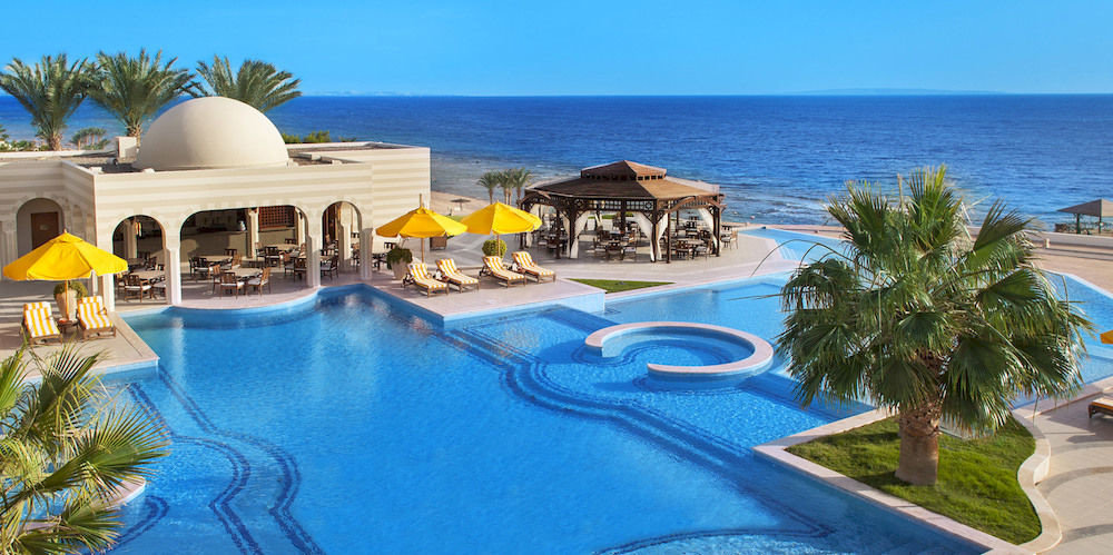 sky Resort swimming pool property leisure Villa caribbean blue Pool mansion resort town home palace condominium hacienda Deck swimming shore