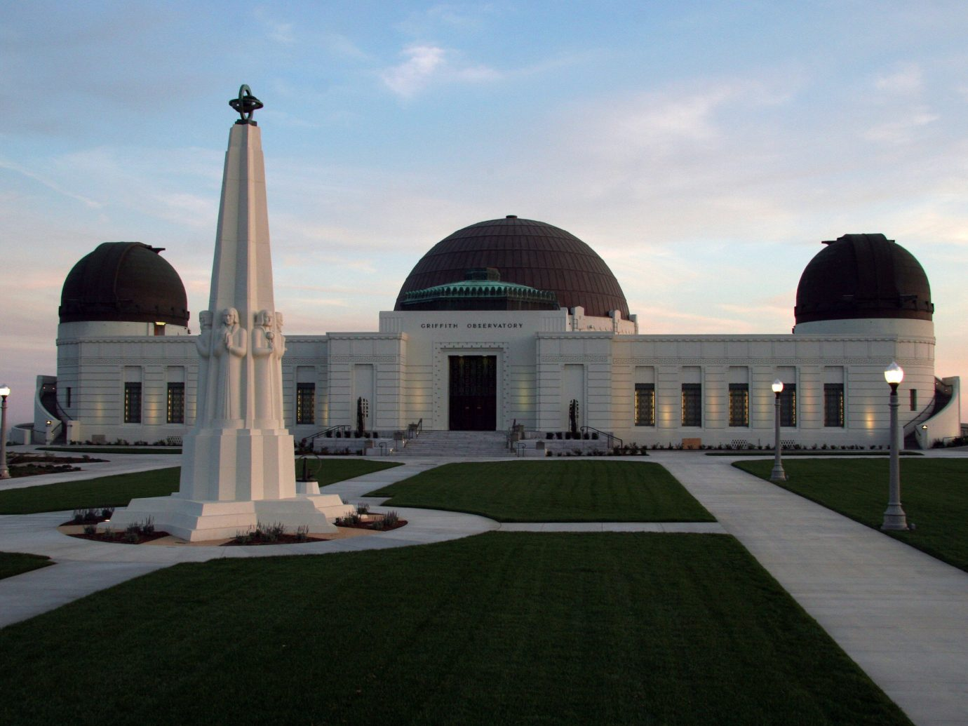 Budget sky outdoor grass building mosque landmark Architecture dome place of worship observatory memorial