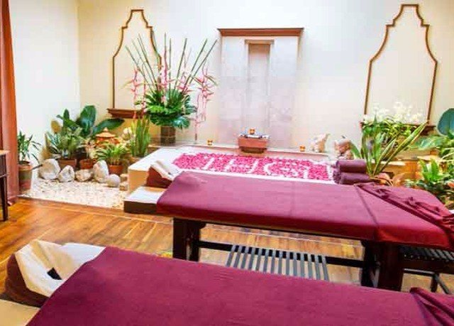 property living room Dining bed sheet home cottage Suite Villa plant