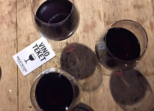 man made object Drink red wine organ wooden wine eye