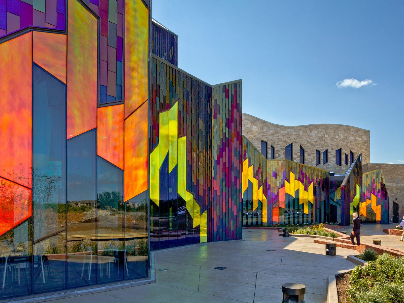 City Kansas City Midwest Trip Ideas color outdoor landmark urban area colorful Architecture art mural facade tourist attraction colored