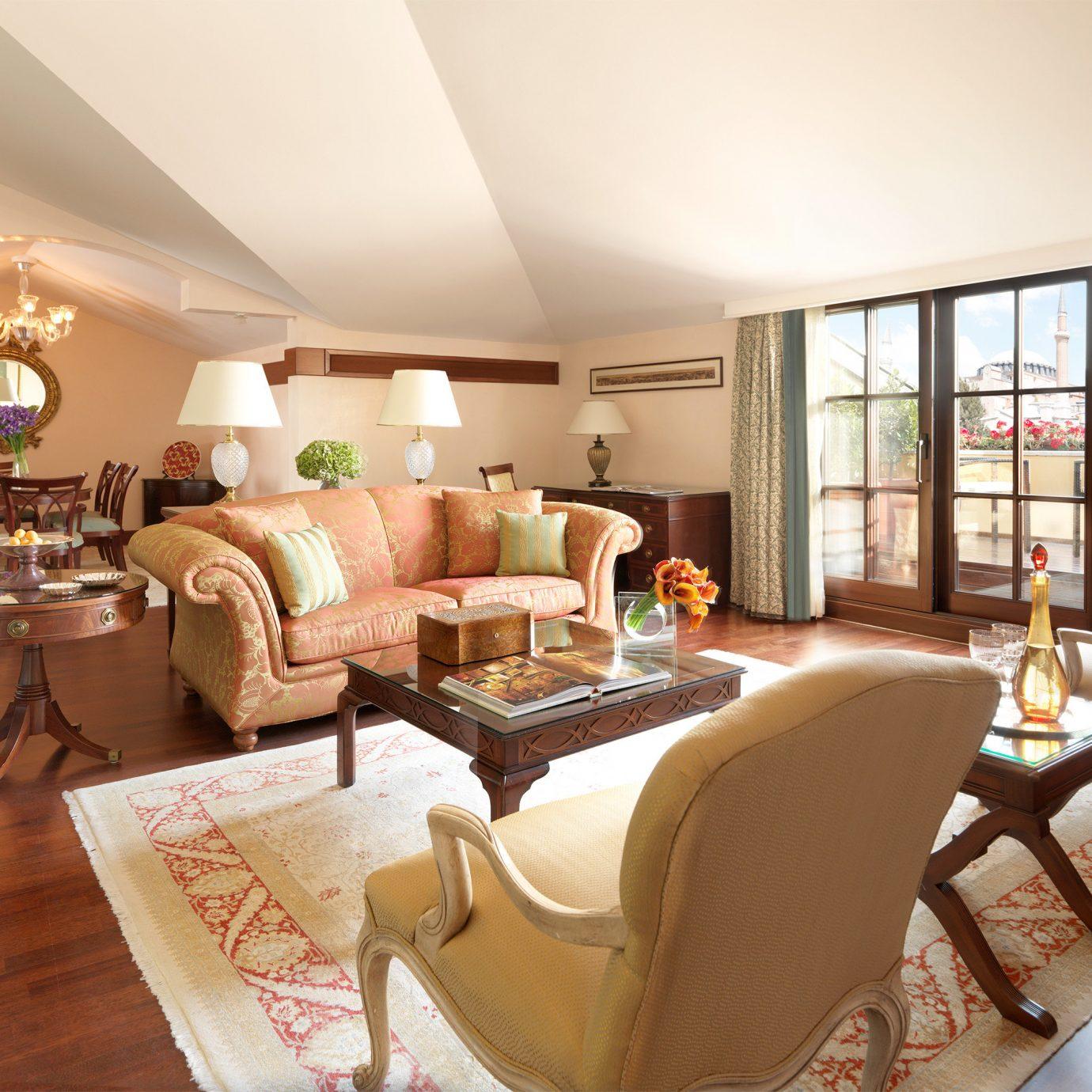 Elegant Historic Lounge Luxury living room property home Suite condominium Villa nice flat