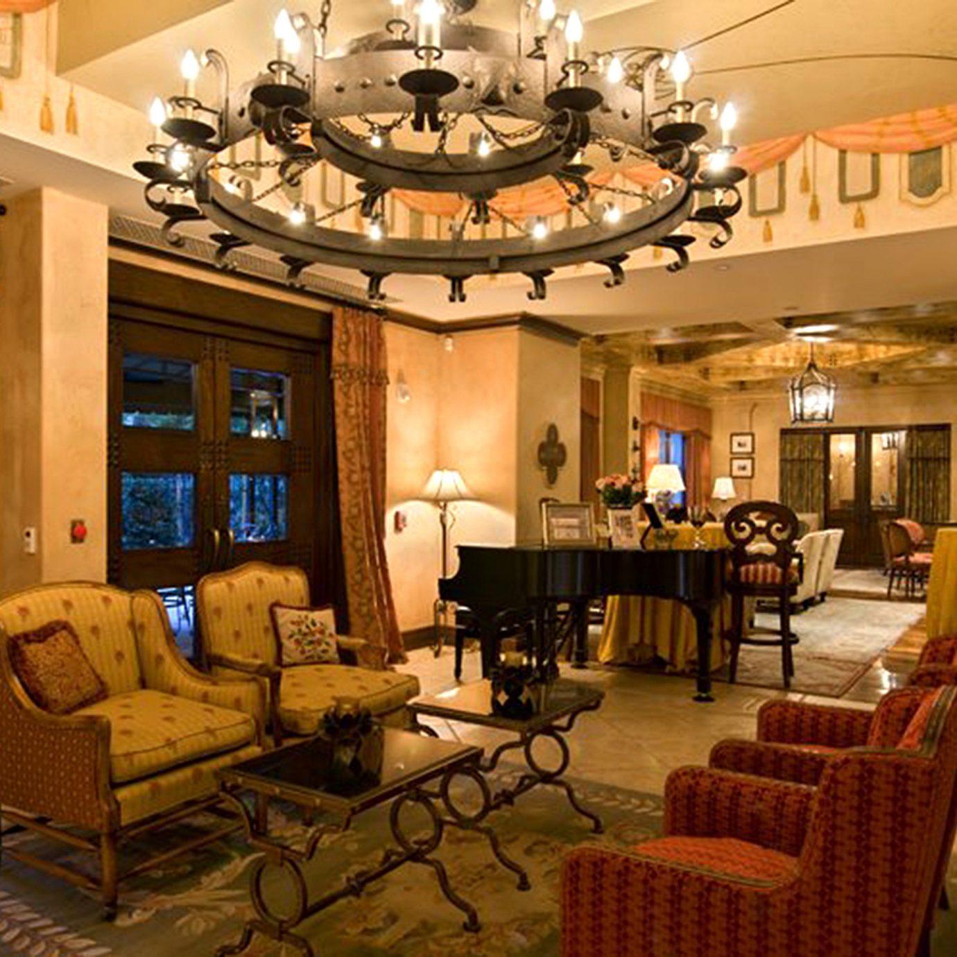 Elegant Lobby Lounge property living room recreation room mansion restaurant