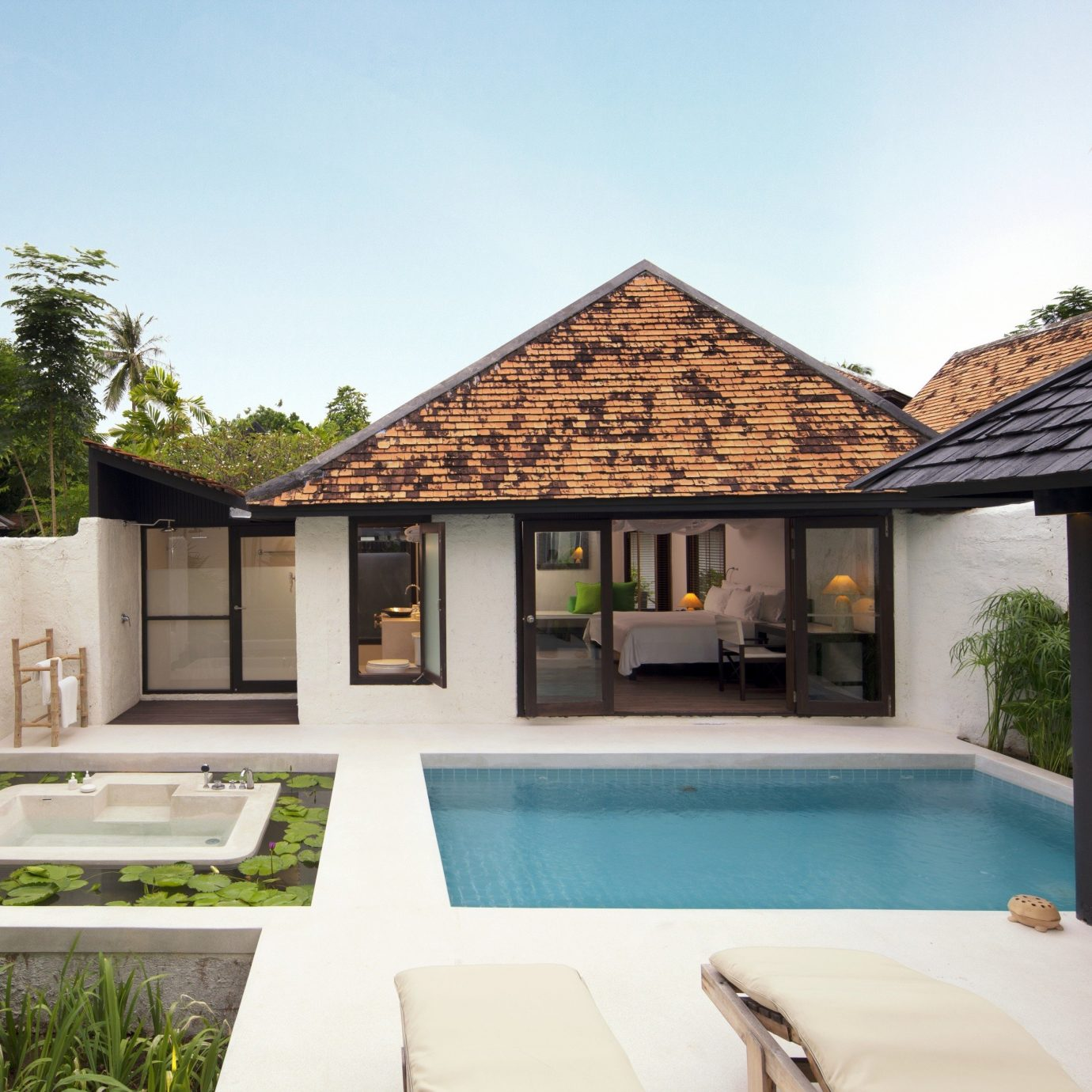 Elegant Luxury Modern Pool Villa building property house home green Resort swimming pool cottage backyard farmhouse mansion outdoor structure condominium
