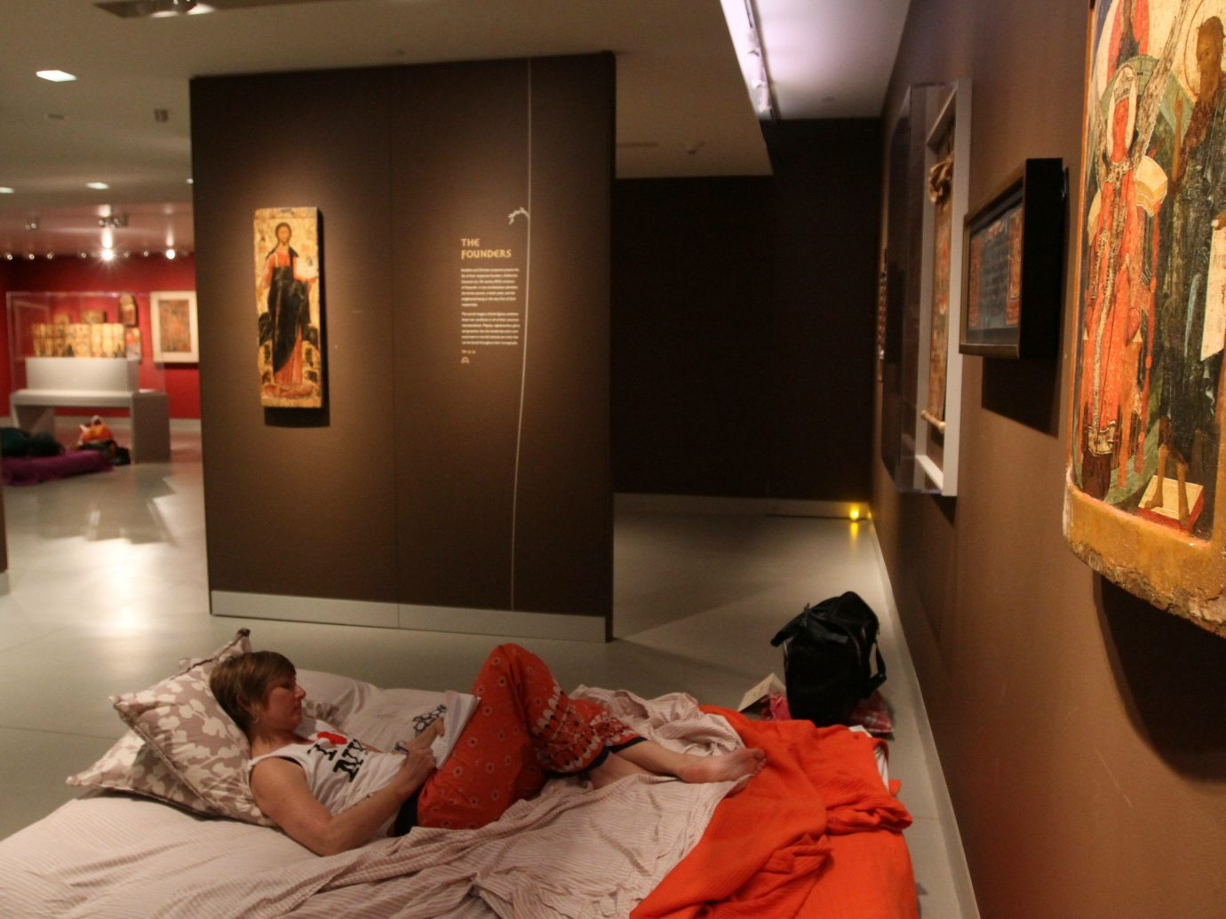 Offbeat indoor wall bed room laying interior design lying Design tourist attraction