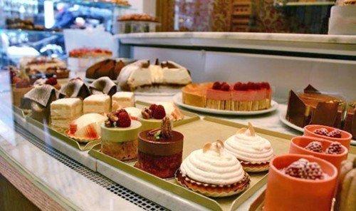 Jetsetter Guides indoor meal bakery food pâtisserie breakfast brunch counter dessert buffet baking
