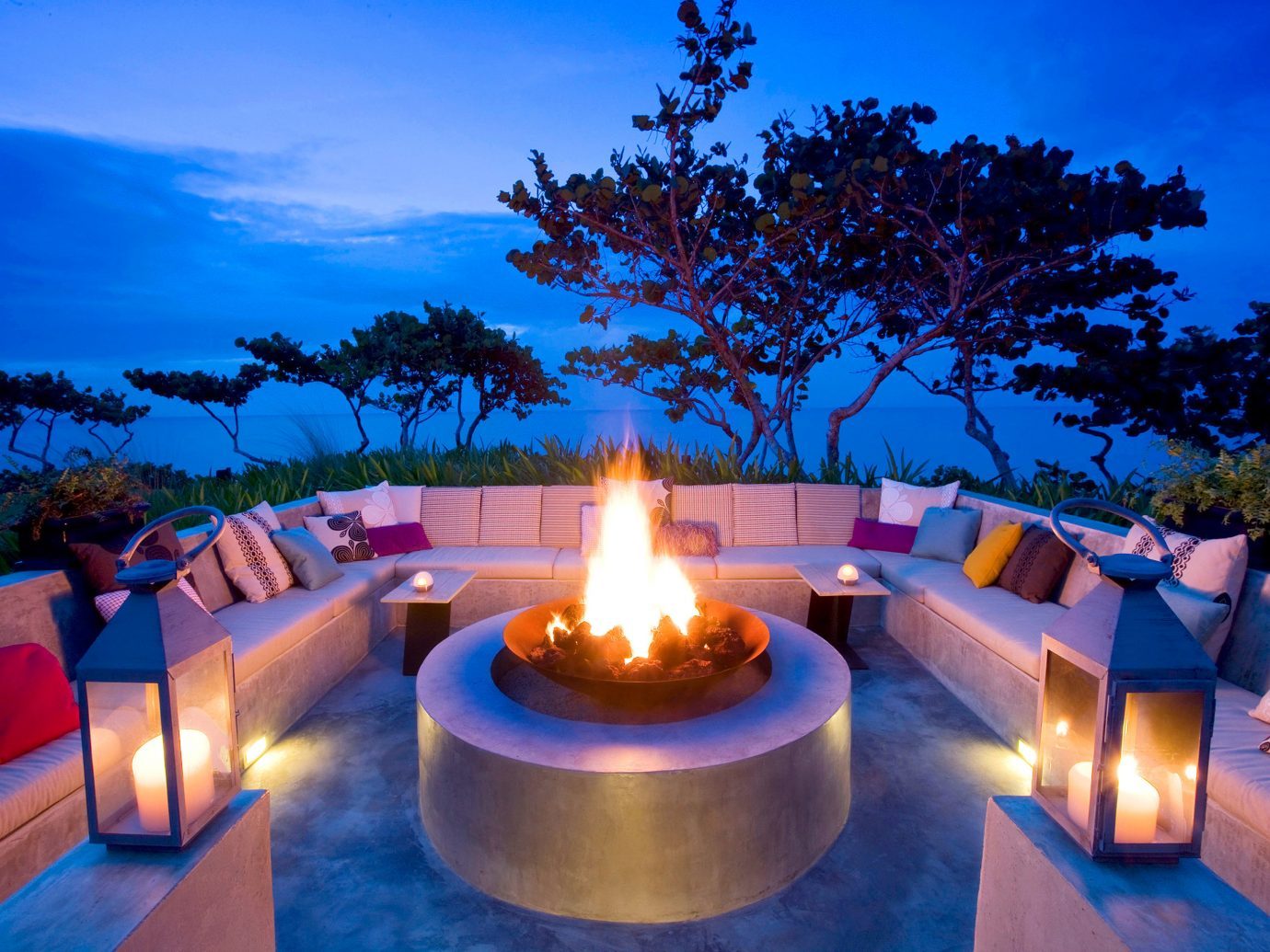 Firepit Lounge Resort tree sky candle leisure swimming pool lit