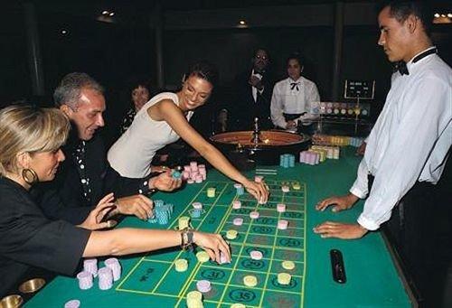gambling house games group gambling recreation