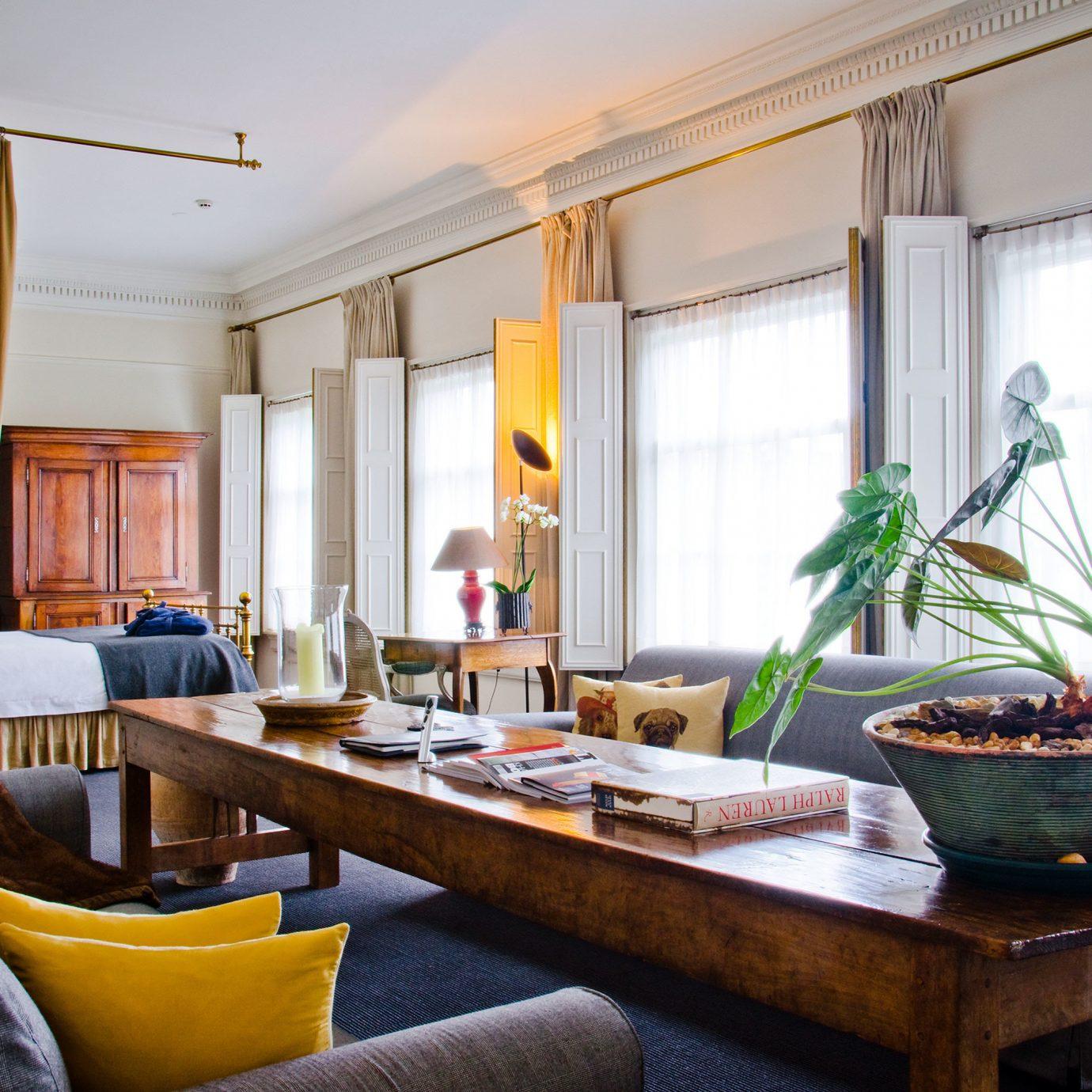 Historic Lounge Luxury Scenic views property living room home condominium house Suite Villa cottage mansion