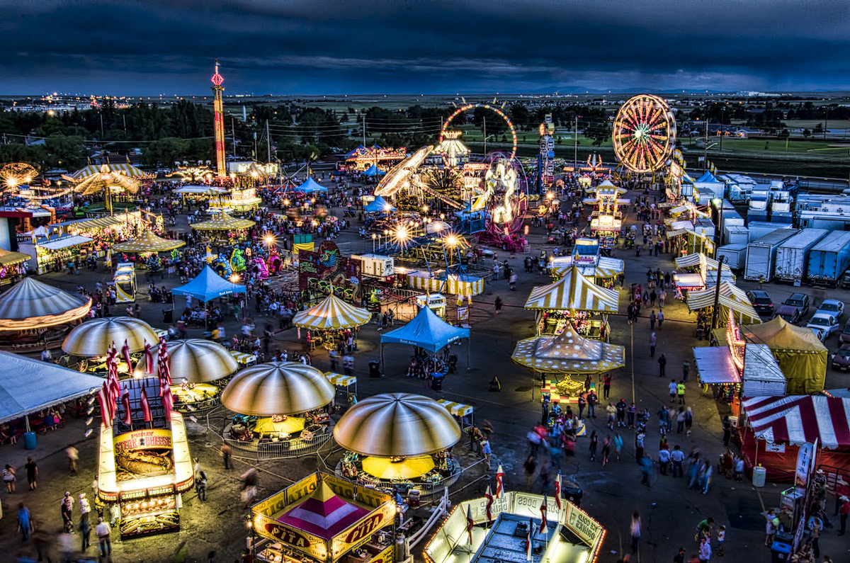 Trip Ideas outdoor crowd amusement park fair festival Resort metropolis park cityscape carnival colorful