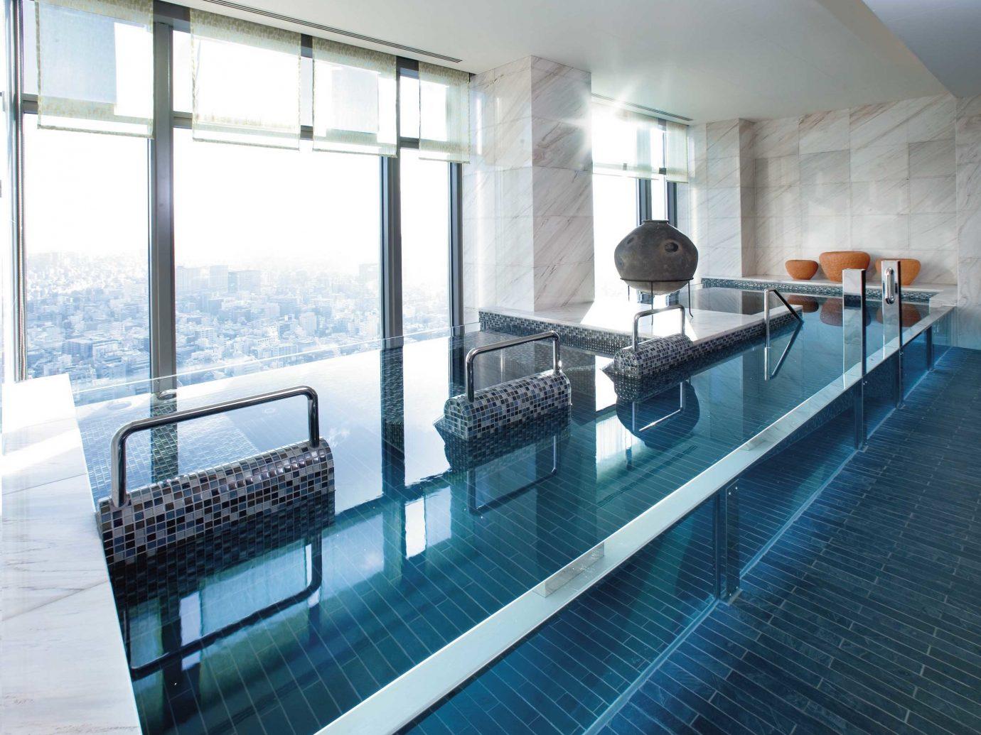 City Elegant Luxury Modern Pool Scenic views indoor floor swimming pool property room condominium ceiling interior design apartment
