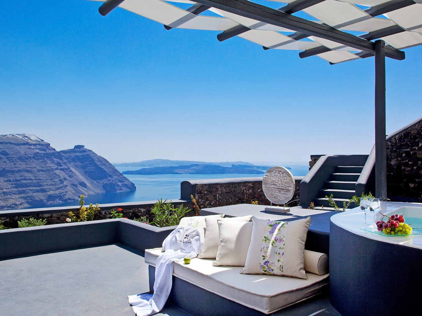 Beachfront Greece Hotels Living Lounge Luxury Santorini sky outdoor blue swimming pool property vacation estate Villa vehicle yacht cottage Resort passenger ship apartment