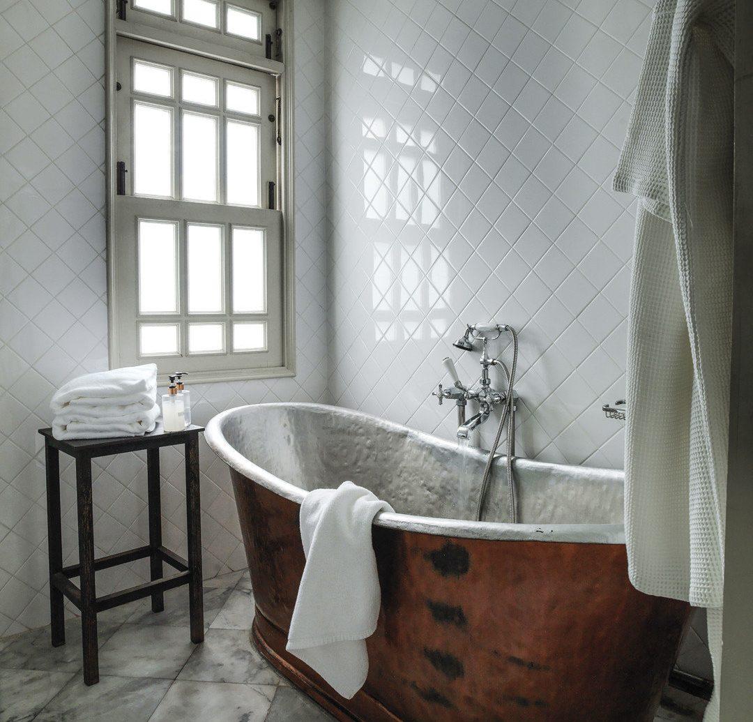 Budget indoor floor window room bathroom property bathtub plumbing fixture interior design flooring tile Design furniture