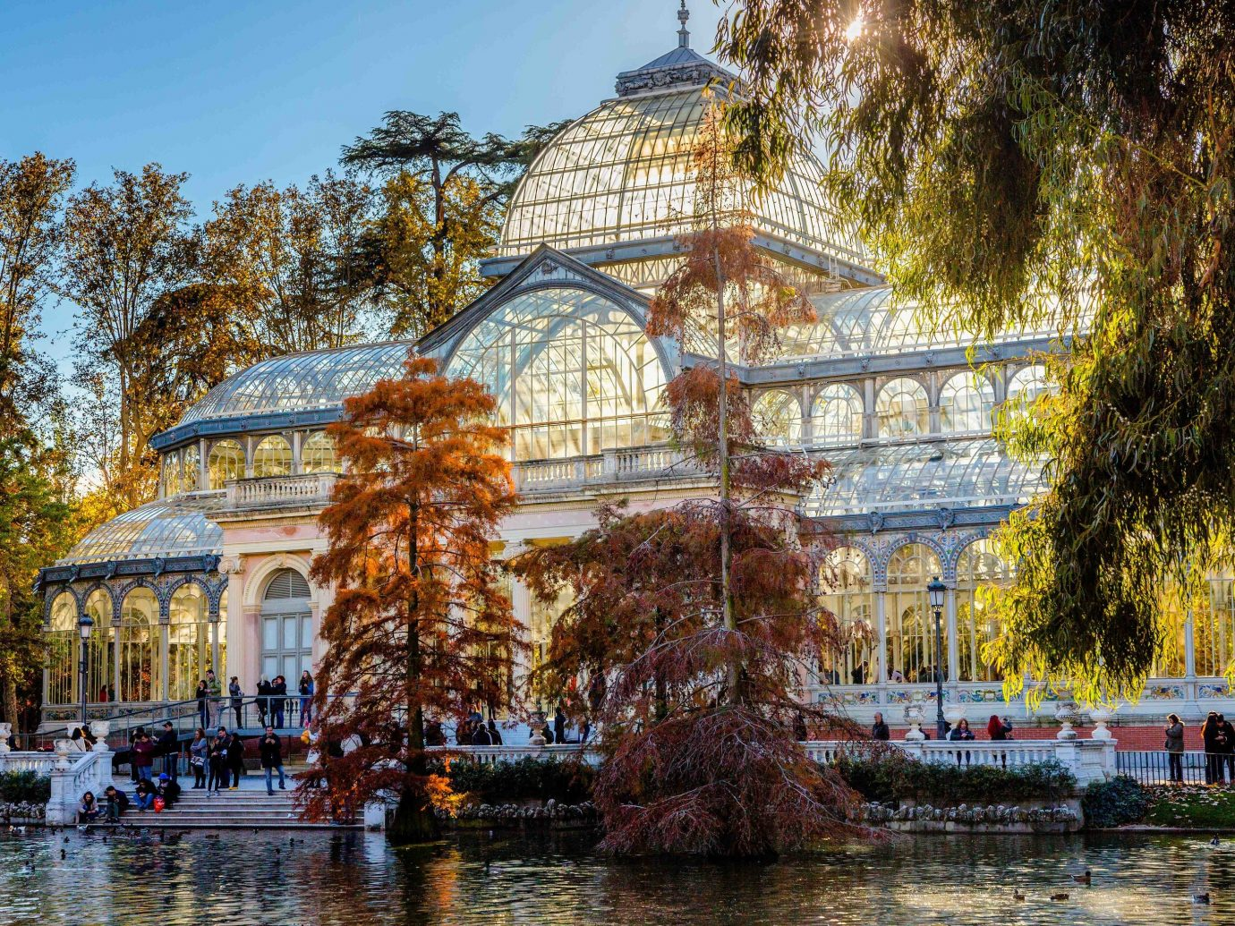 Spring Trips Trip Ideas reflection water tourist attraction waterway landmark tree plant City plaza recreation sky park outdoor structure Canal tourism amusement park tours botanical garden palace