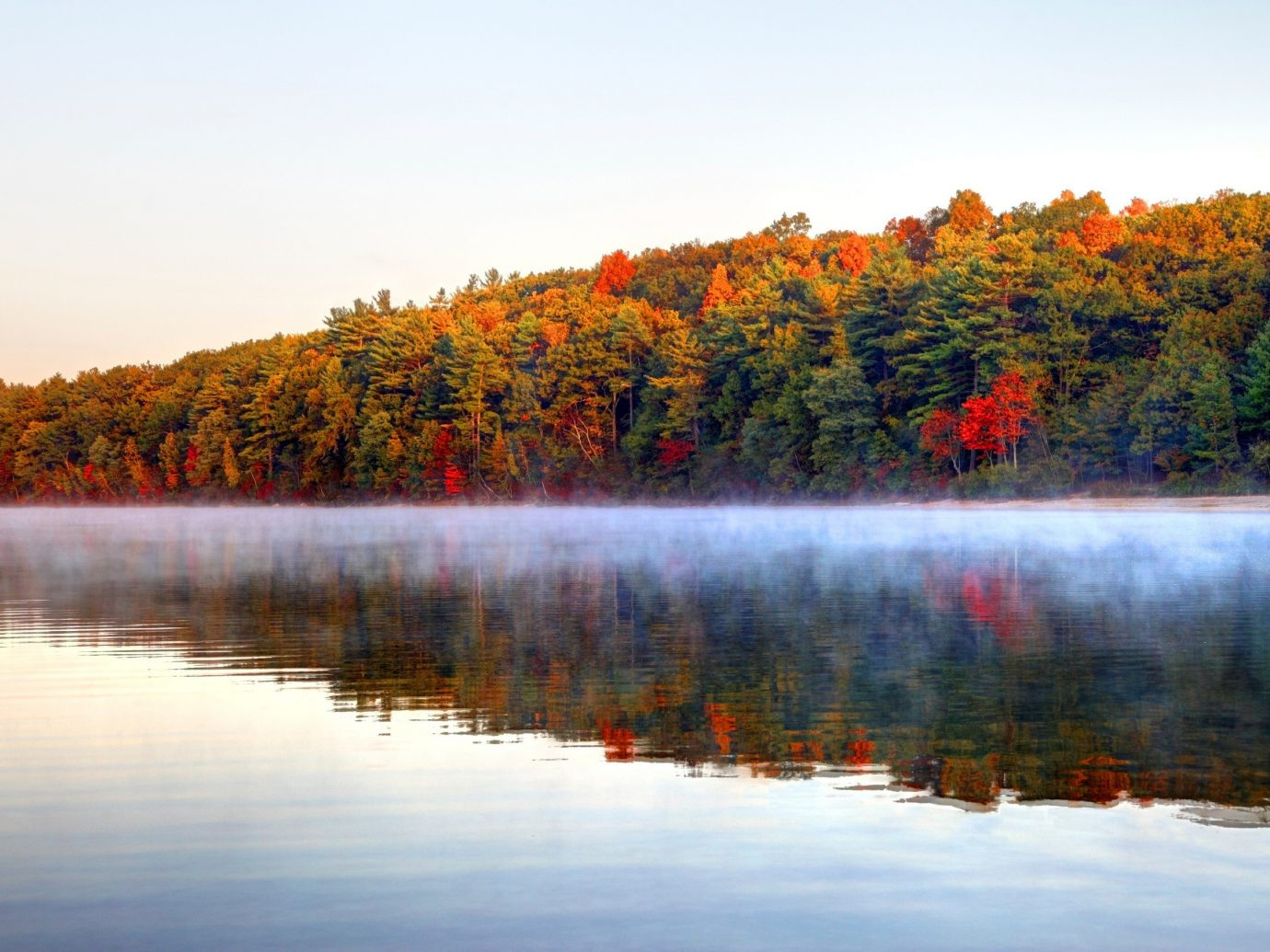 Budget outdoor water sky Nature pond tree reflection River Lake atmospheric phenomenon wilderness season autumn morning leaf landscape evening dawn loch sunrise Forest surrounded distance